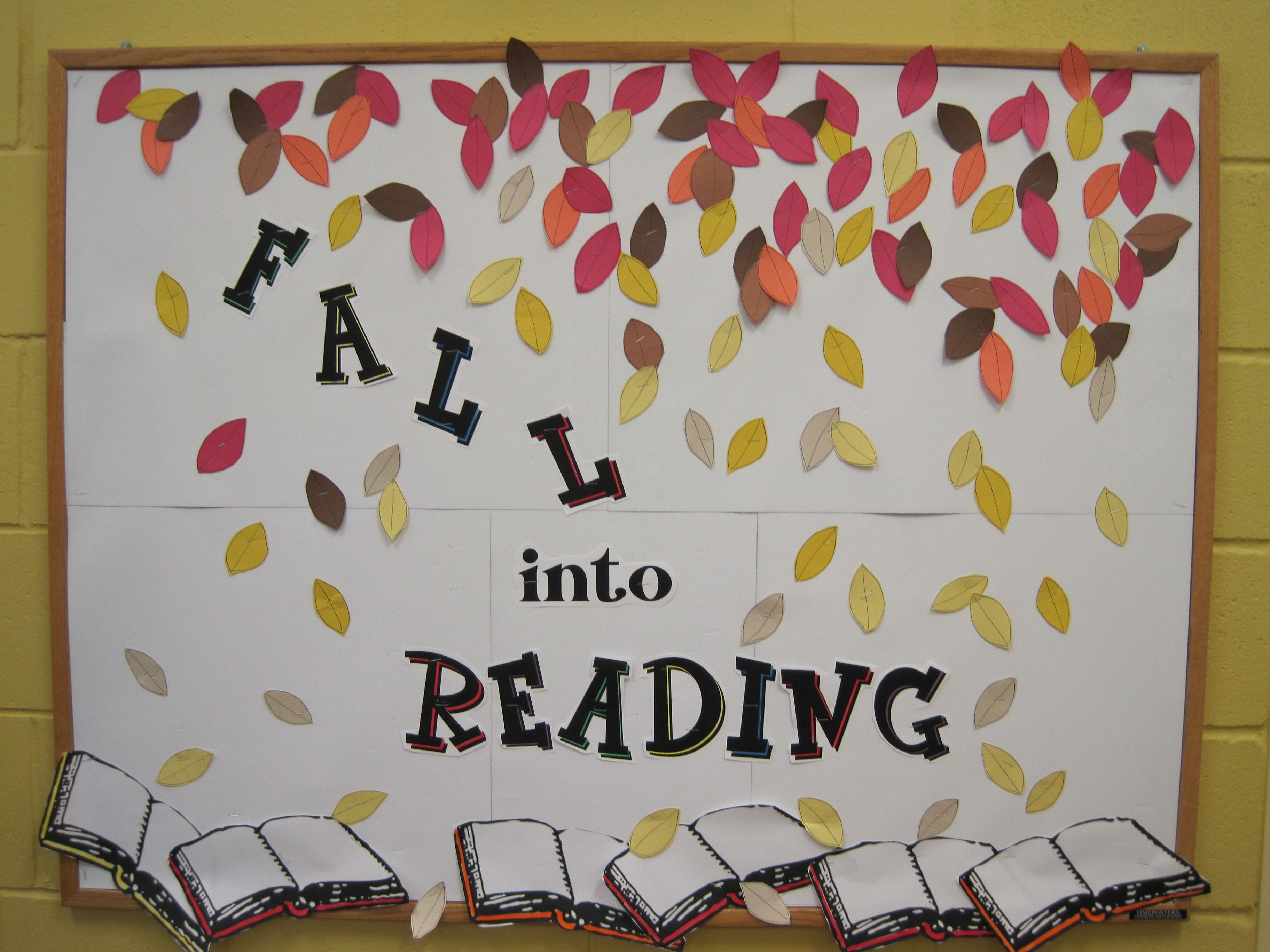 Fall into Reading bulletin board