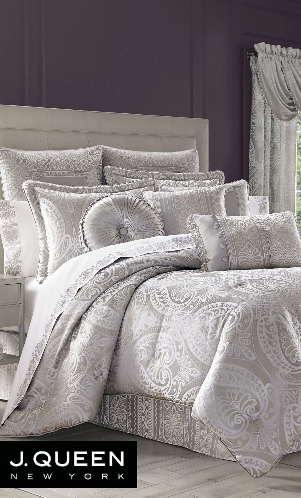 Le Blanc Silver forter Bedding by J Queen New York