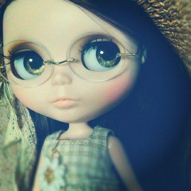 @olivia o glasses <3