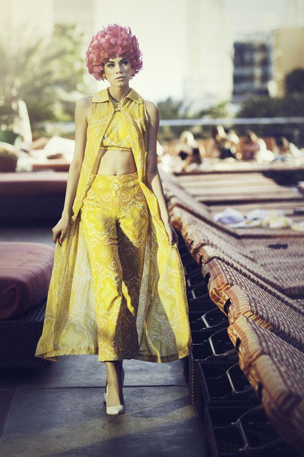 Vintage Vegas Creative Director Stylist Sydney Ballesteros Photographer Stacia Lugo Wardrobe Black Ca Editorial Fashion Vintage Outfits Vintage Glam