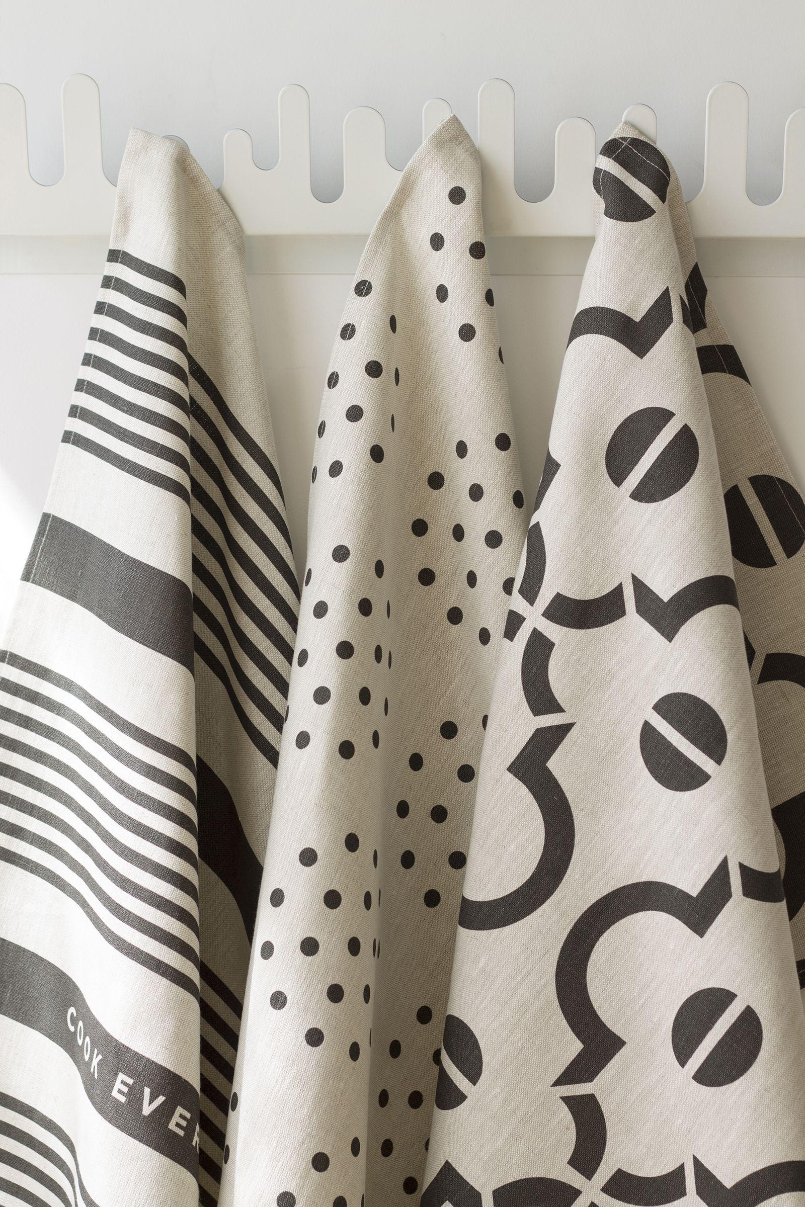 Studiopatro Linen Tea Towel Arabesque In Noir American Made