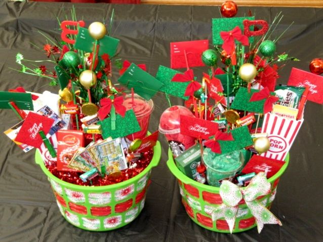 I Made These Gift Card Baskets For My Parents I Am Pleased With Them And I Hope They Will Be Too Gift Card Tree Gift Card Bouquet Gift Card Displays