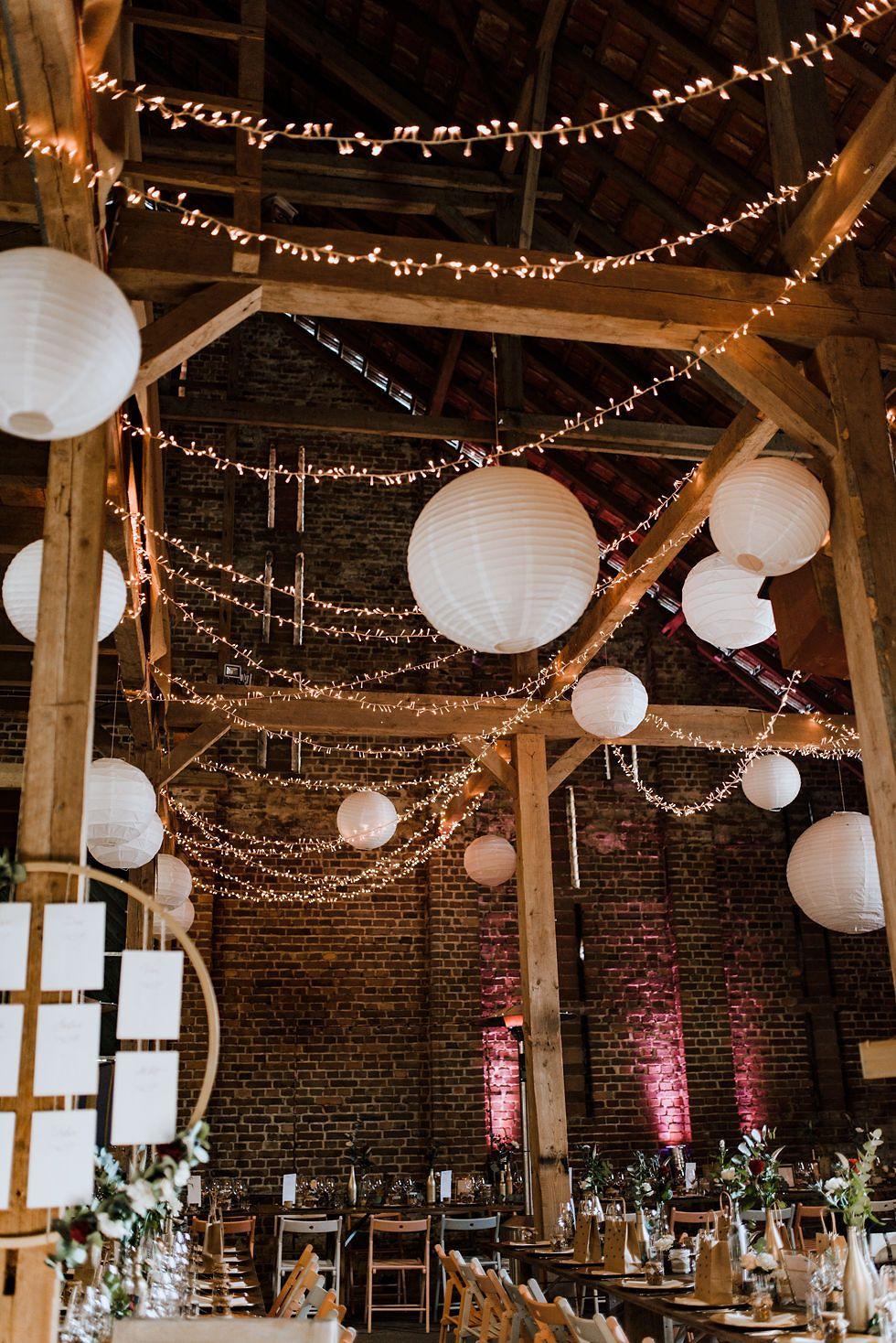 Beleuchtung Fur Feiern Und Events Mieten In Koln Munchen In 2020 Lichterketten Hochzeit Scheunen Hochzeit Beleuchtung
