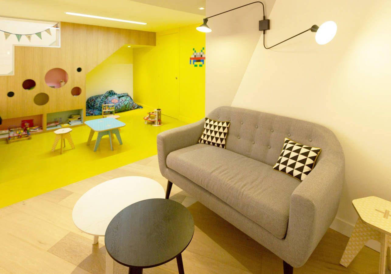 Mombini   Sortir   Discover   Café, Espace de jeux et Salon 6c466a3eaa45
