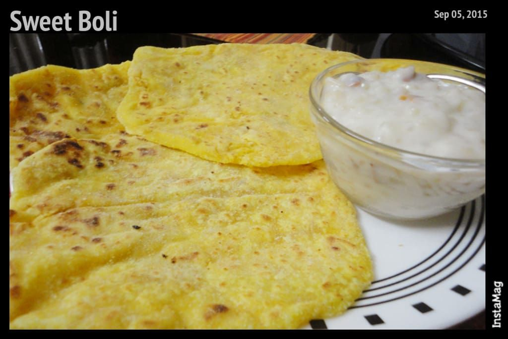 Boli is one of my favorite South Indian sweets,it's one of the major attractions about Hindu Weddings for me. But never in my dream I thought I will be making Boli I have heard the process is very tiring and time consuming, well it was esp for a newbie like me.