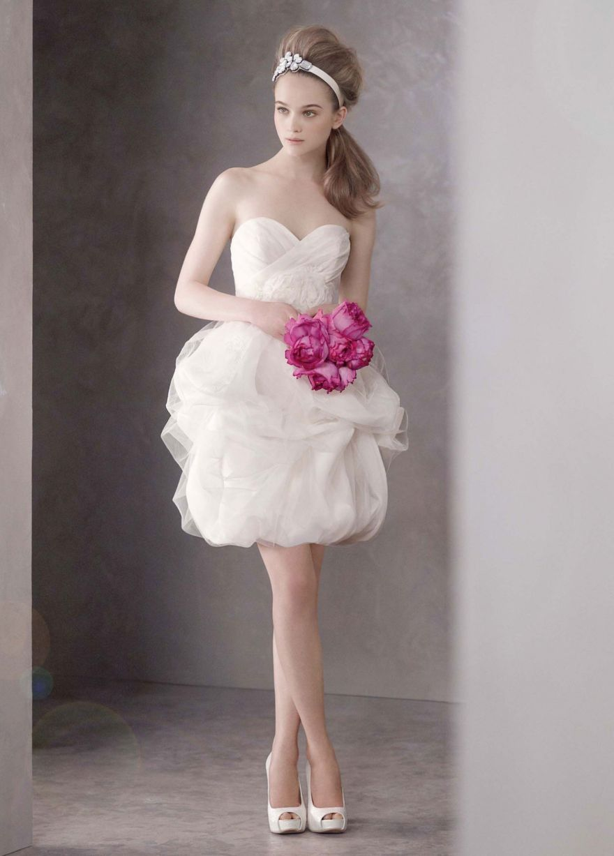 Short satinfaced organza dress with tulle overlay style vw