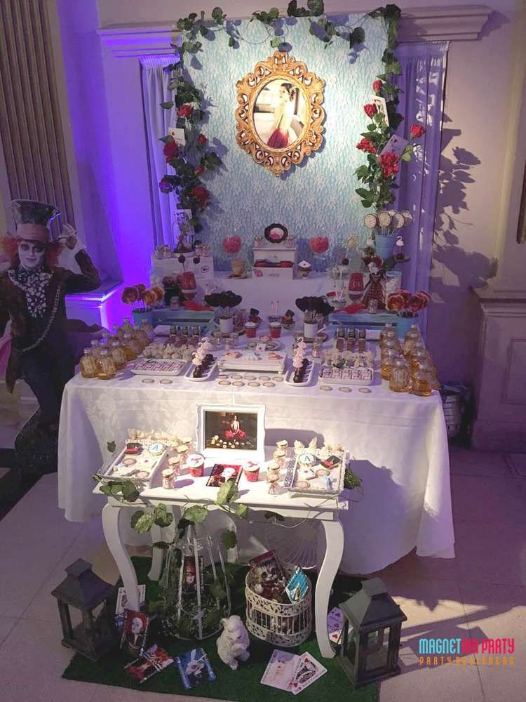 Amazing Alice in Wonderland Quinceaera birthday party