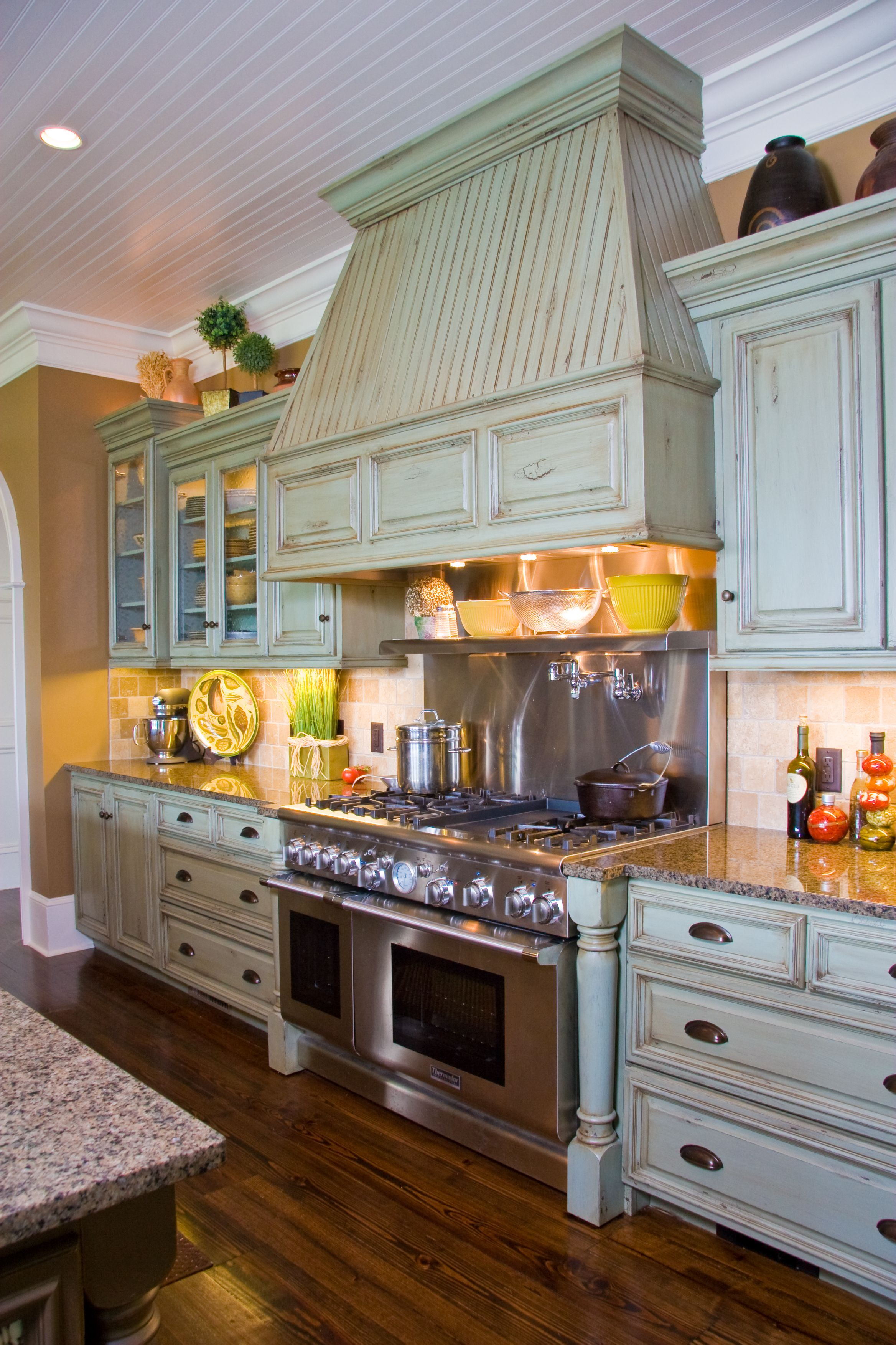 Renovations Hand Made Custom Cabinets At Affordable Prices Built With Amish Pride Kitchen And Bath Remodeling Kitchen Cabinets In Bathroom Kitchen