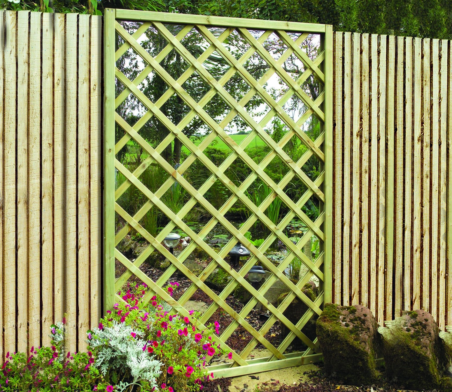 Garden decorations for sale - Garden Mirror Lattice Screen From Grange For Sale
