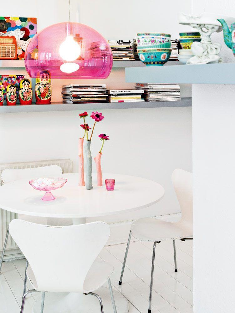 Casinha colorida: Home Tour escandinavo: retrô em pink