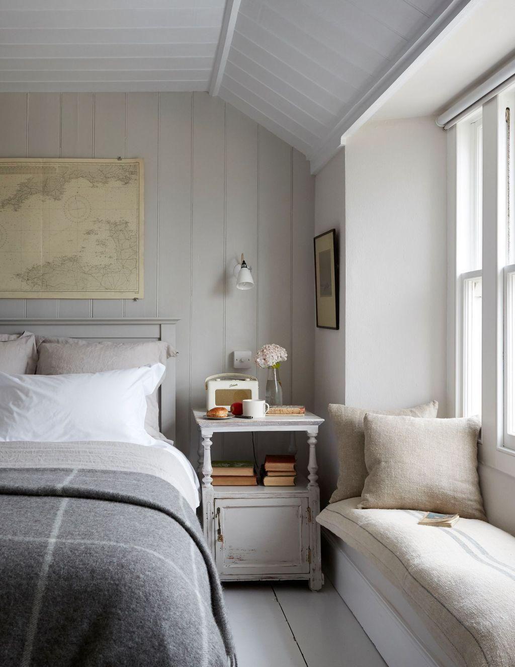 20 Perfect Coastal Bedroom Decorating Ideas To Apply Asap Luxury Cottage Coastal Bedroom Decorating Luxury Bedroom Inspiration