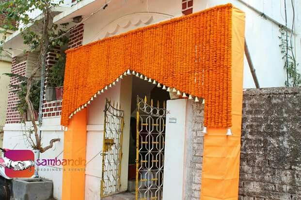 Entry Gate Flower Decoration With