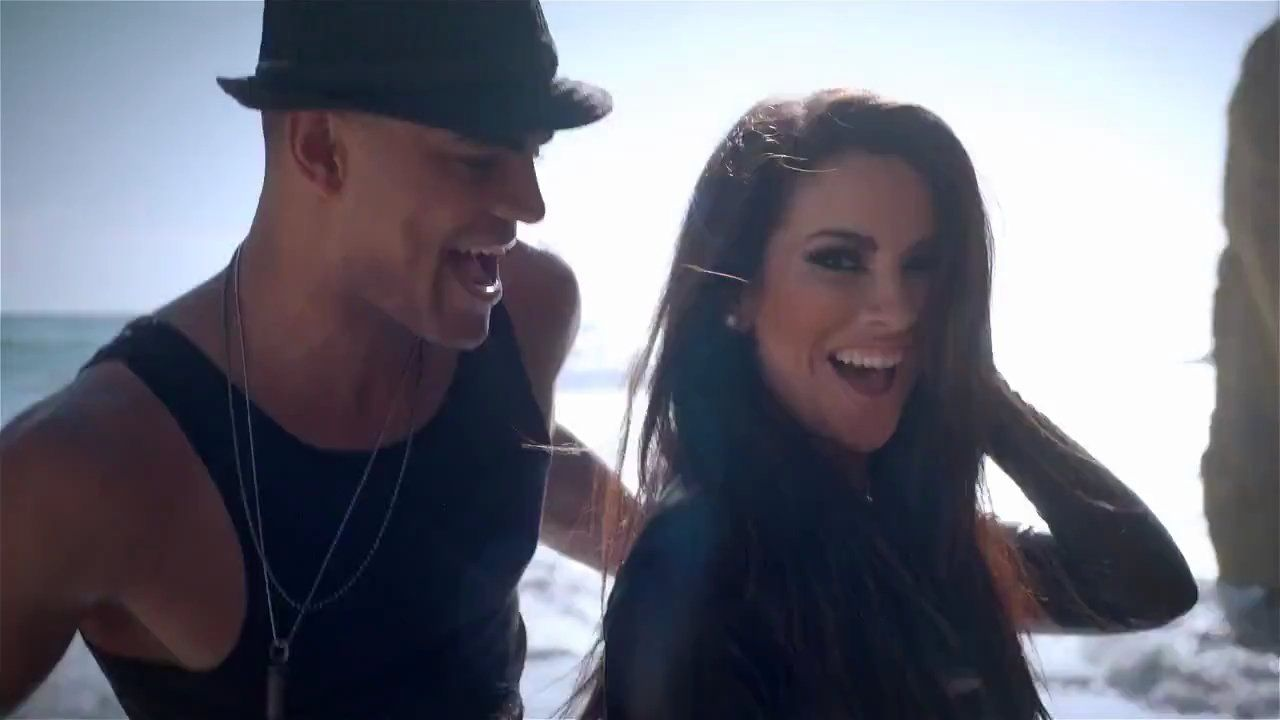Nayer Ft. Pitbull & Mohombi Suavemente (With images