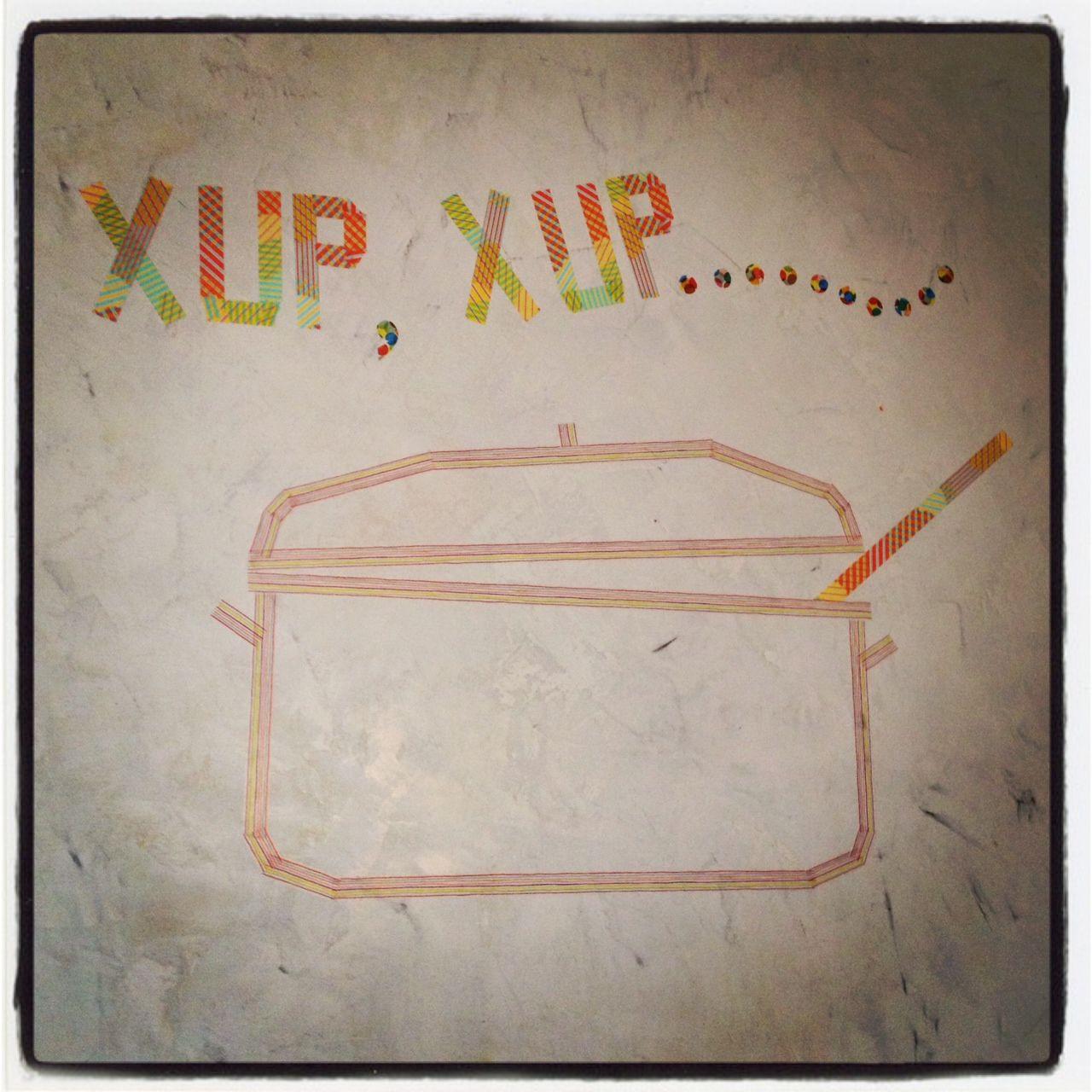 Dibujo pared de cocina con Masking Tape by Latormento (Eva Montero)