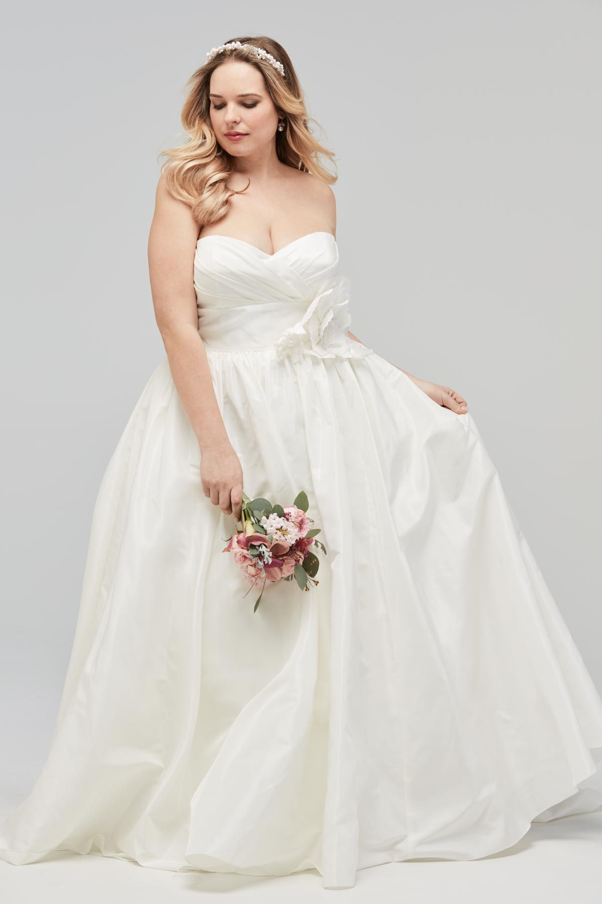 For the plus size bride u bridesmaid wtoo by watters once upon a