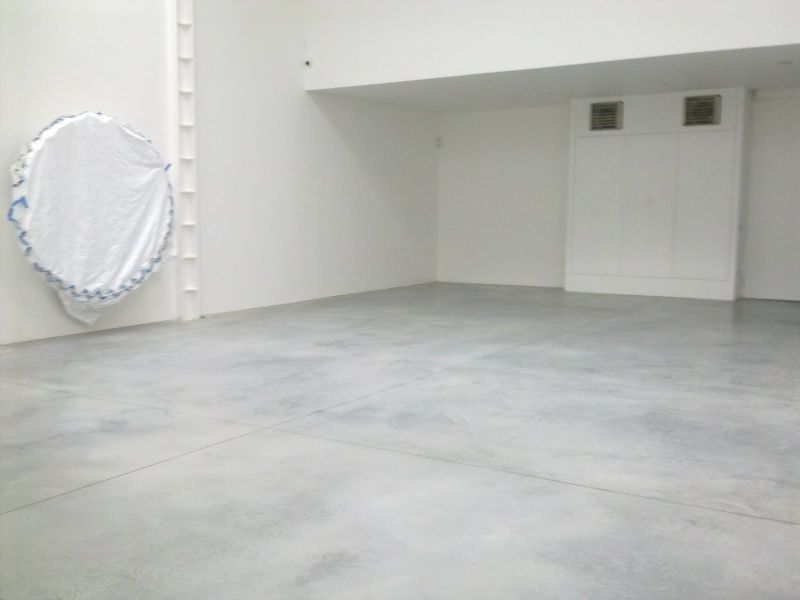 White Cement Floor Google Search Flooring Concrete Floors Loft Interiors