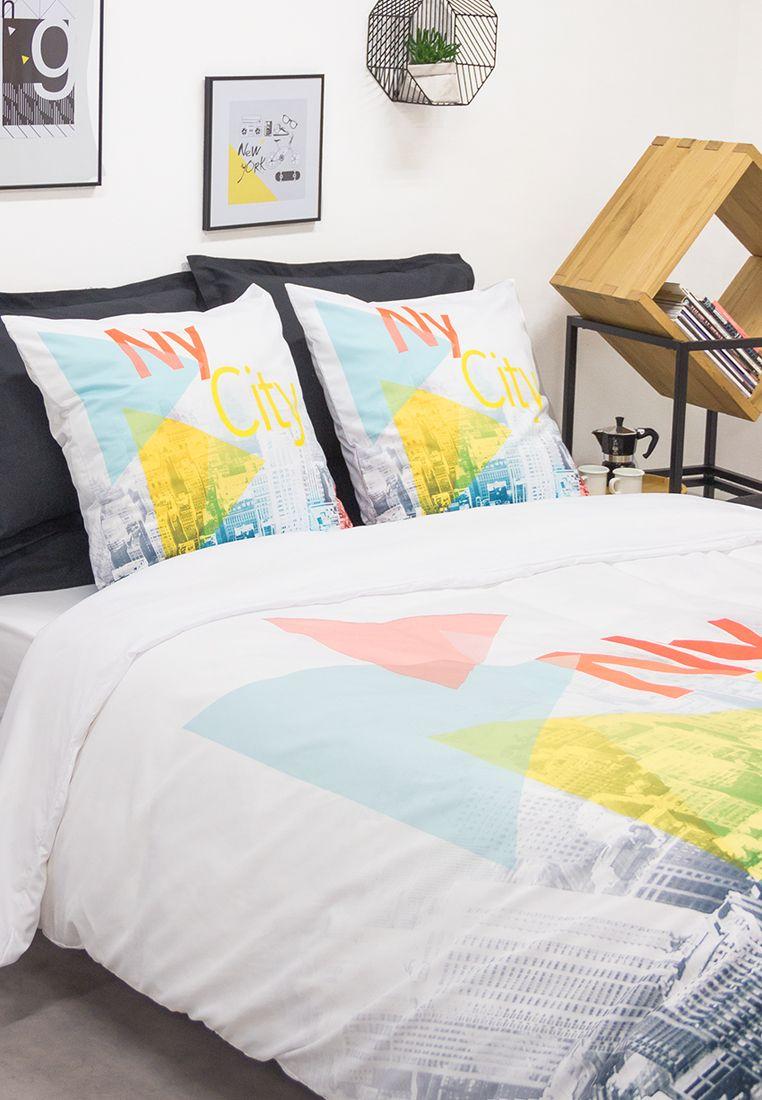 Chambre Urbaine Idee Deco Housse De Couette New York Jaune Bleue Et Orange Decoration Chambre Comptoirdestisseurs Parure De Lit Linge De Lit Lit