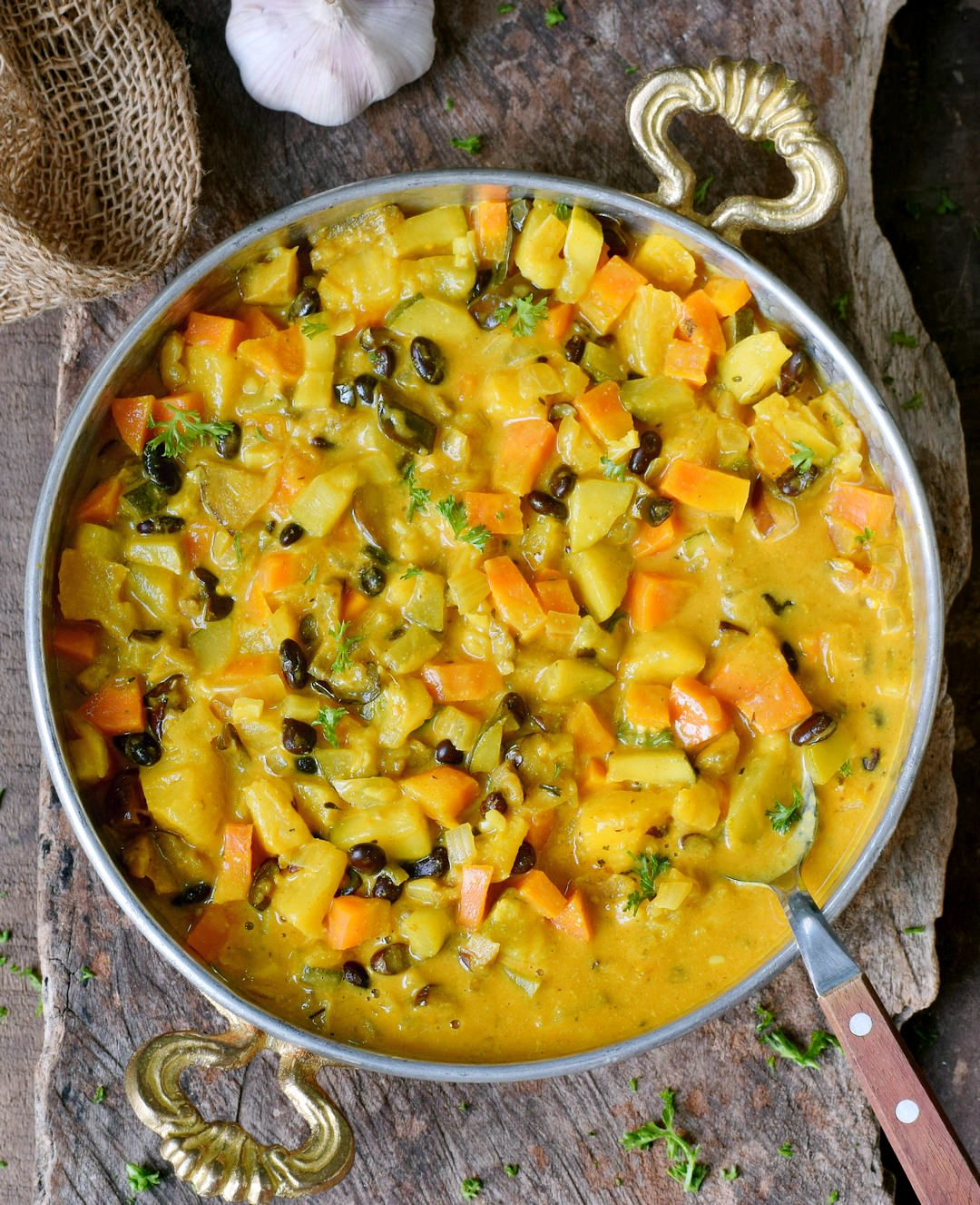 Vegetable Curry Recipe With Coconut Milk Pineapple And Chickpeas Or Beans This Healthy Comfor Vegetable Curry Recipes Easy Vegetable Curry Vegetable Curry