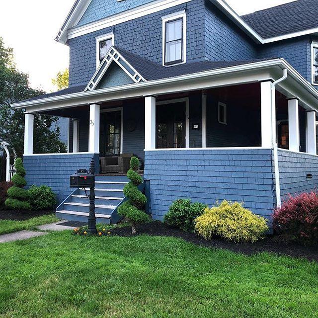 benjamin moore newburyport blue interiors by color in on benjamin moore paint exterior colors id=47054