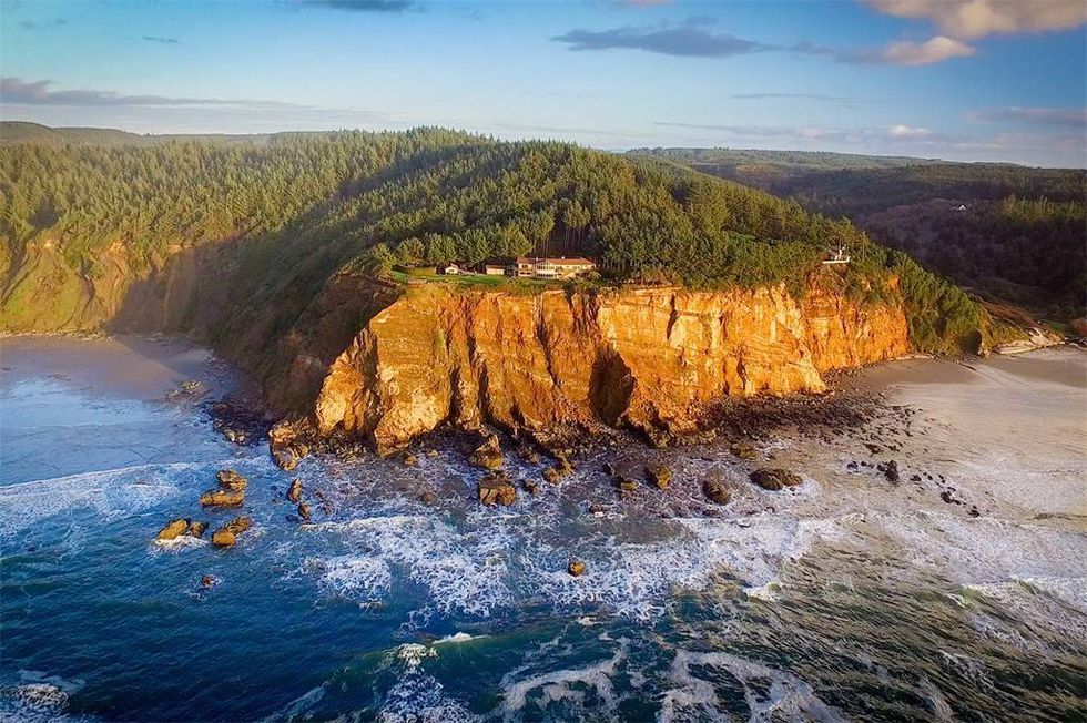 waterfront homes for sale lane county oregon