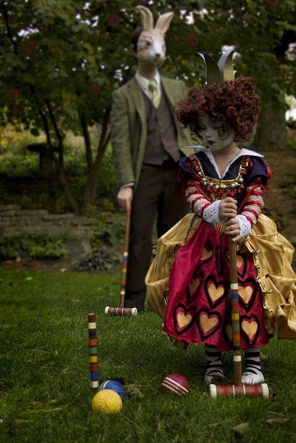Alice in Wonderland Red Queen costume - children's costumes ...