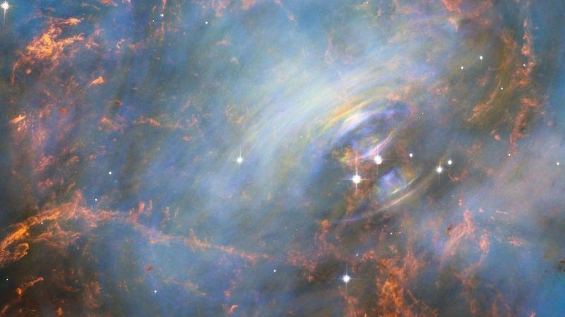 Hubble registra o misterioso interior da nebulosa do Caranguejo