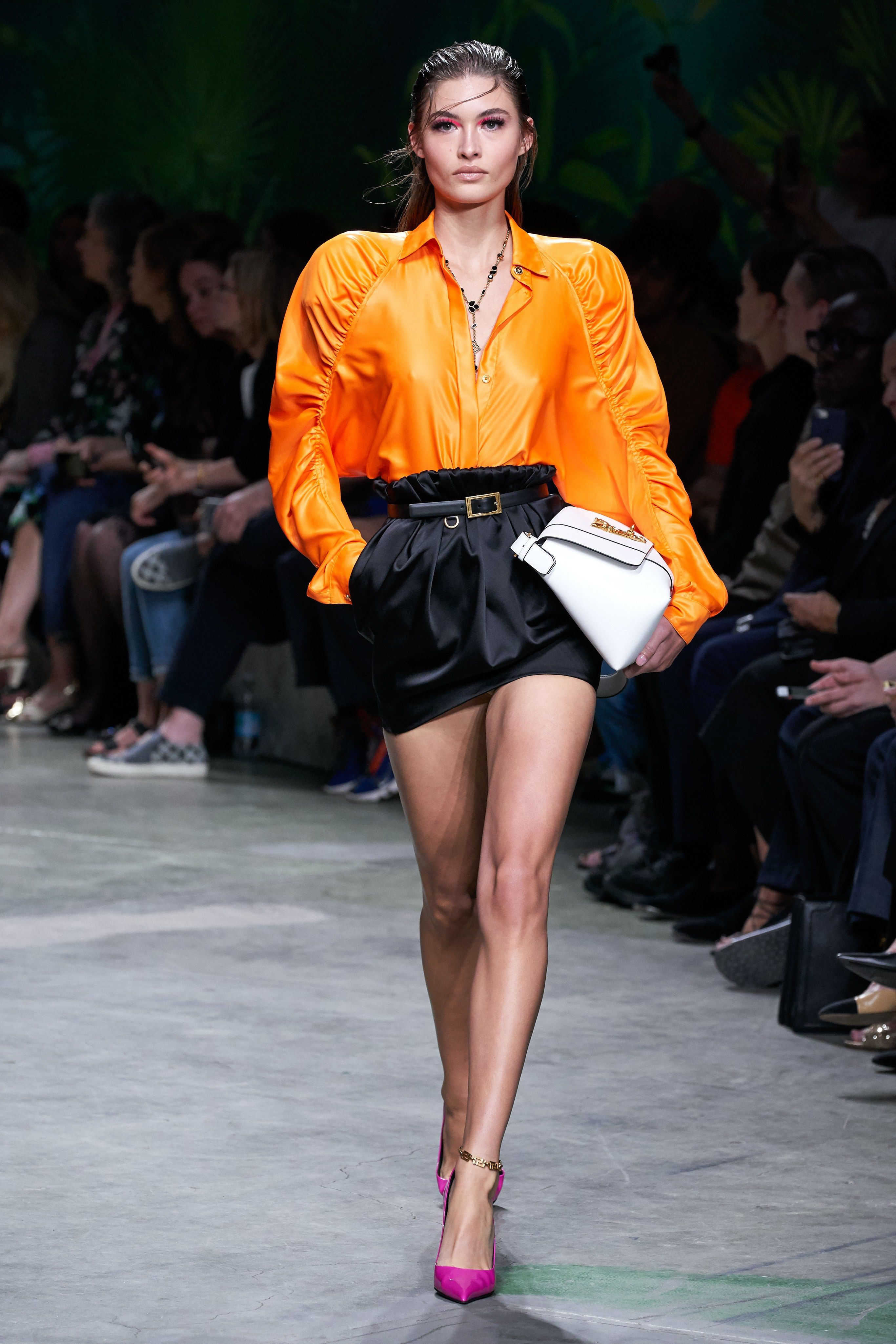 Versace Spring 2020 Ready to Wear Fashion Show Vogue in