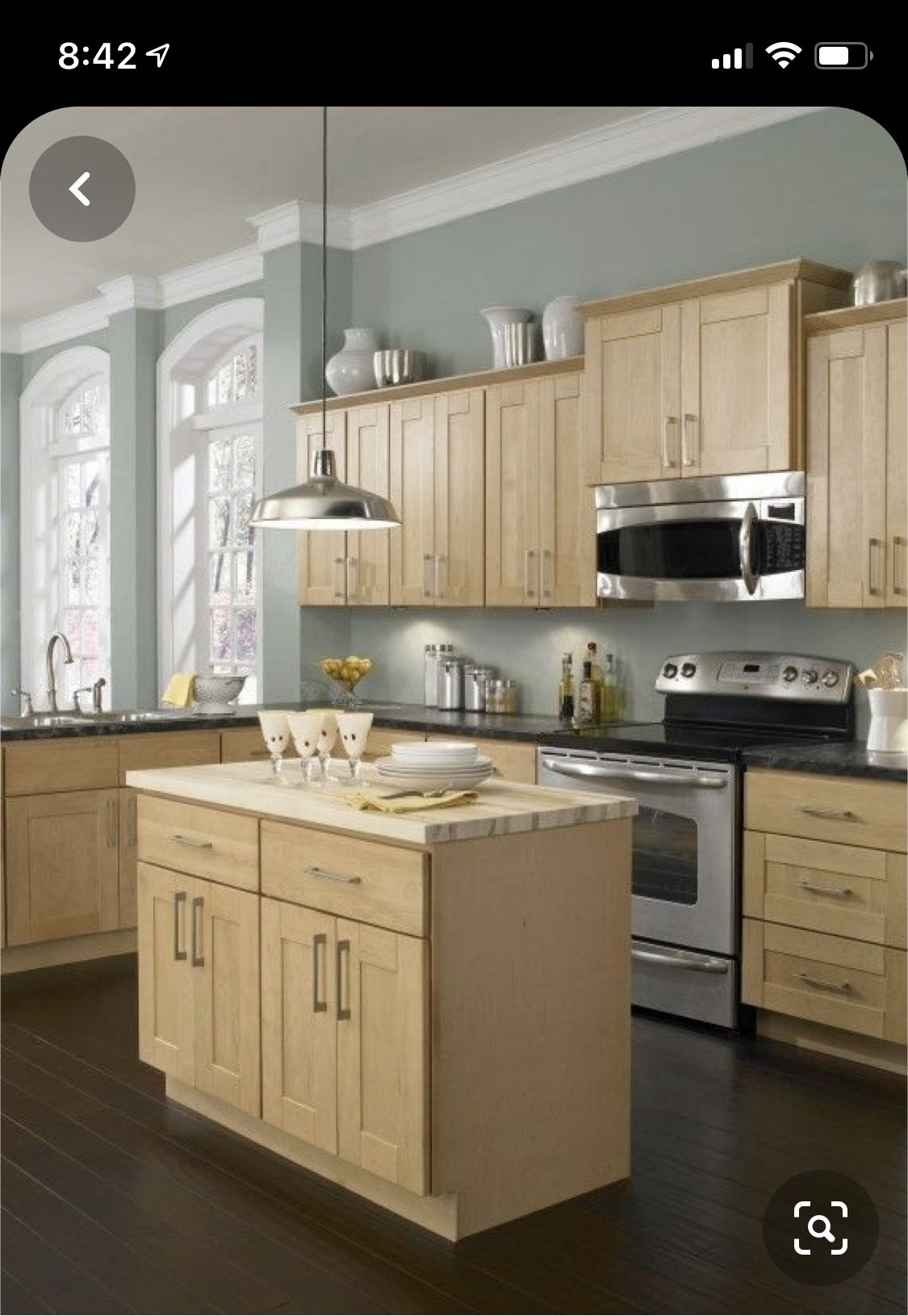 Pin By Arissa On Farmhouse Decor In 2020 Maple Kitchen Cabinets Best Kitchen Colors Light Wood Cabinets