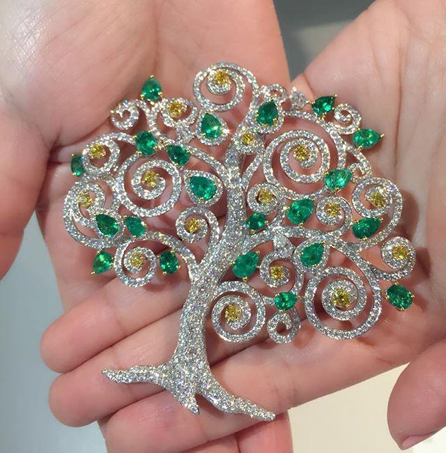 [LOVE BELFORD] ✨❤️✨ We cherish every piece of jewellery as an art!! ✨✨ #BelfordJewellery #TreeofLife #belforddesign #LoveBelford