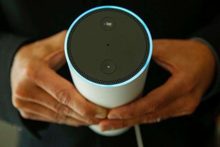 Amazon Echo Prices Turn Smart Speaker Market On Its Ear The Wall Street Journal Amazon Echo Amazon Alexa Alexa Compatible Devices