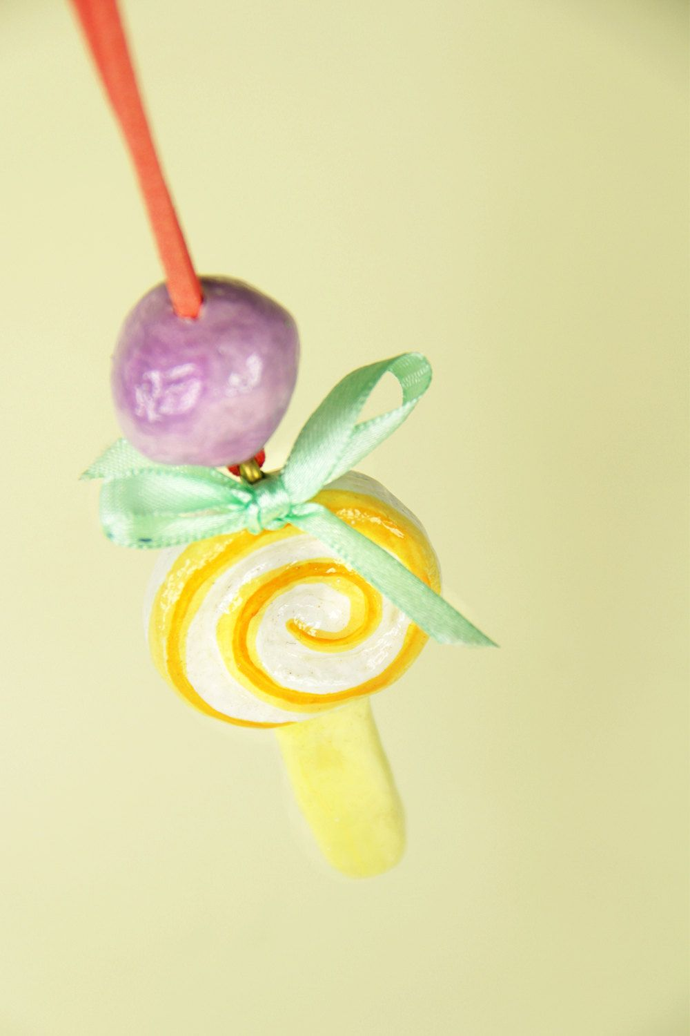 on Sale Kids lollipop necklace, paper clay jewelry for girls - €7.20 EUR