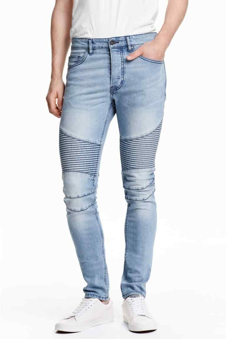 654bcef1e83 Vaqueros moteros: Vaqueros de cinco bolsillos en denim lavado y elástico  con perneras extraajustadas, cintura estándar, sección guateada en las  rodillas y ...