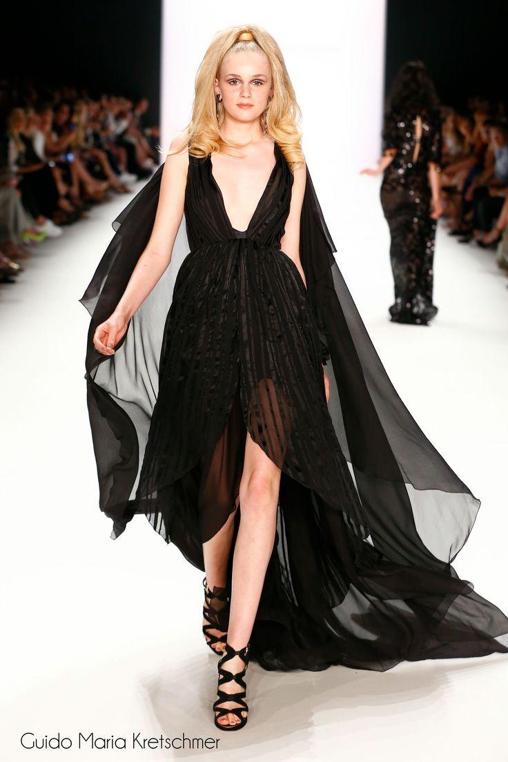 Königinnen der Nacht: schwarzes Brautkleid von Guido Maria ...