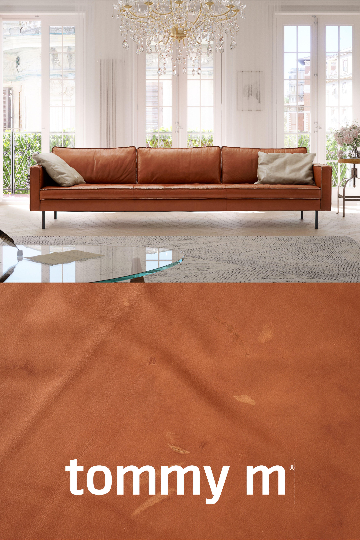 Sofa Buster Glanzt Durch Eleganz Und Stil Die Gerade Linienfuhrung In Kombination Mit Den Schlichten Fussen Und Der Dadurch Luftigen Haus Deko Sofa Wohn Mobel