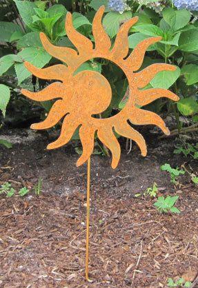 Yard Art · Sun Moon Garden Stake / Garden Decor / от RusticaOrnamentals