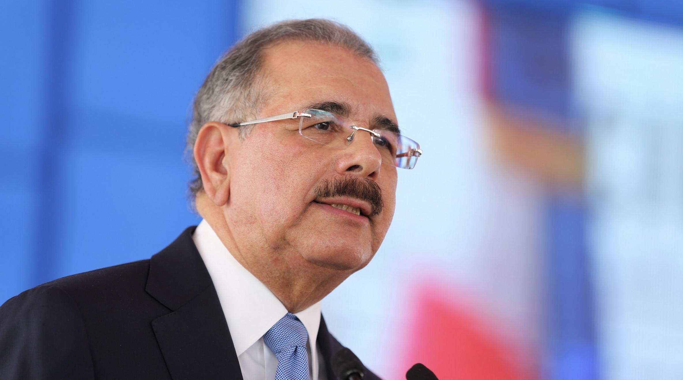 Danilo Medina designa 44 nuevos funcionarios en puestos claves