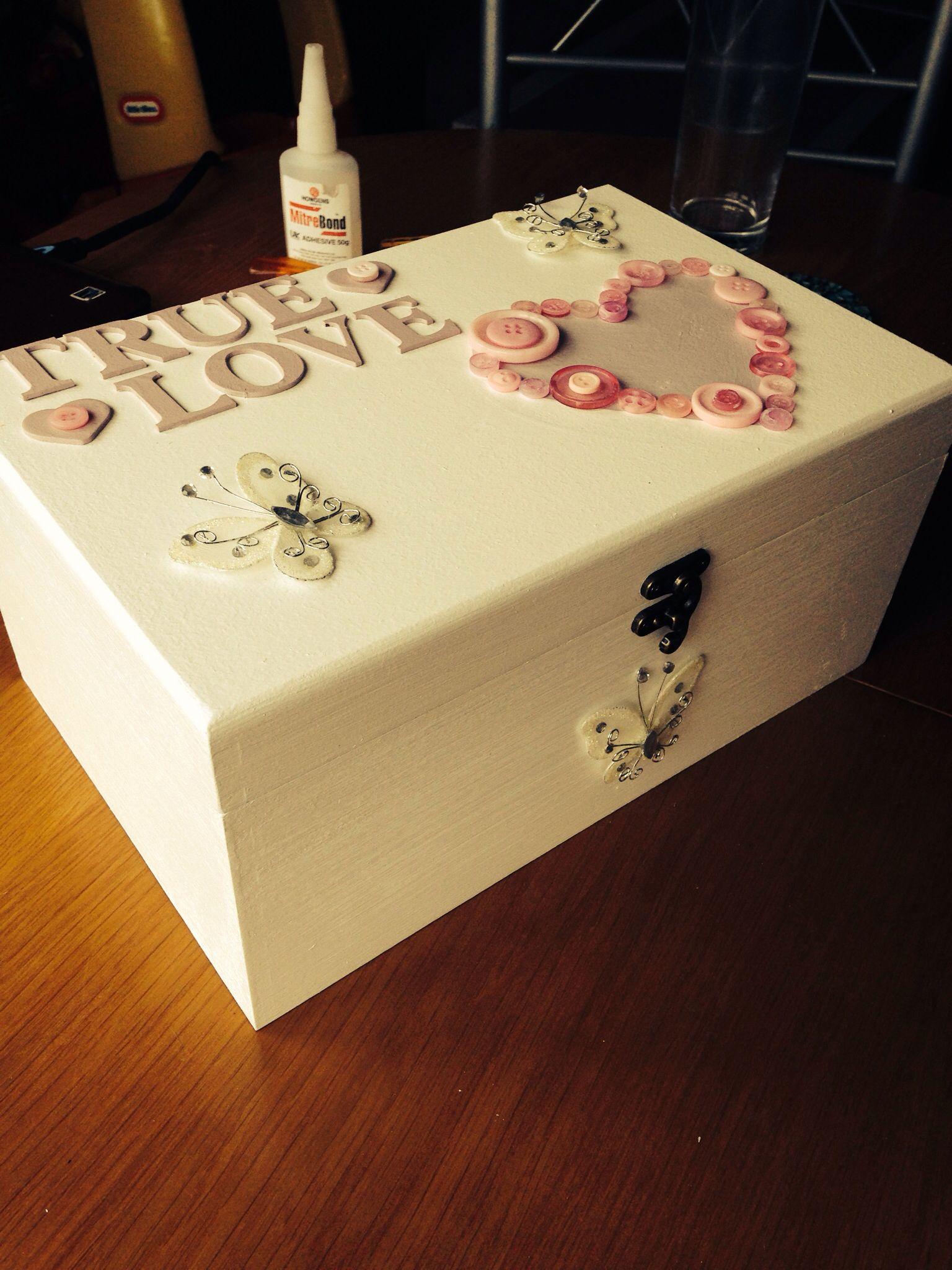 memory box baby memory box i made art baby memories. Black Bedroom Furniture Sets. Home Design Ideas