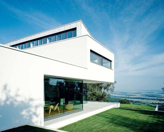 Architecture contemporaine maison avec piscine, architecte allemand