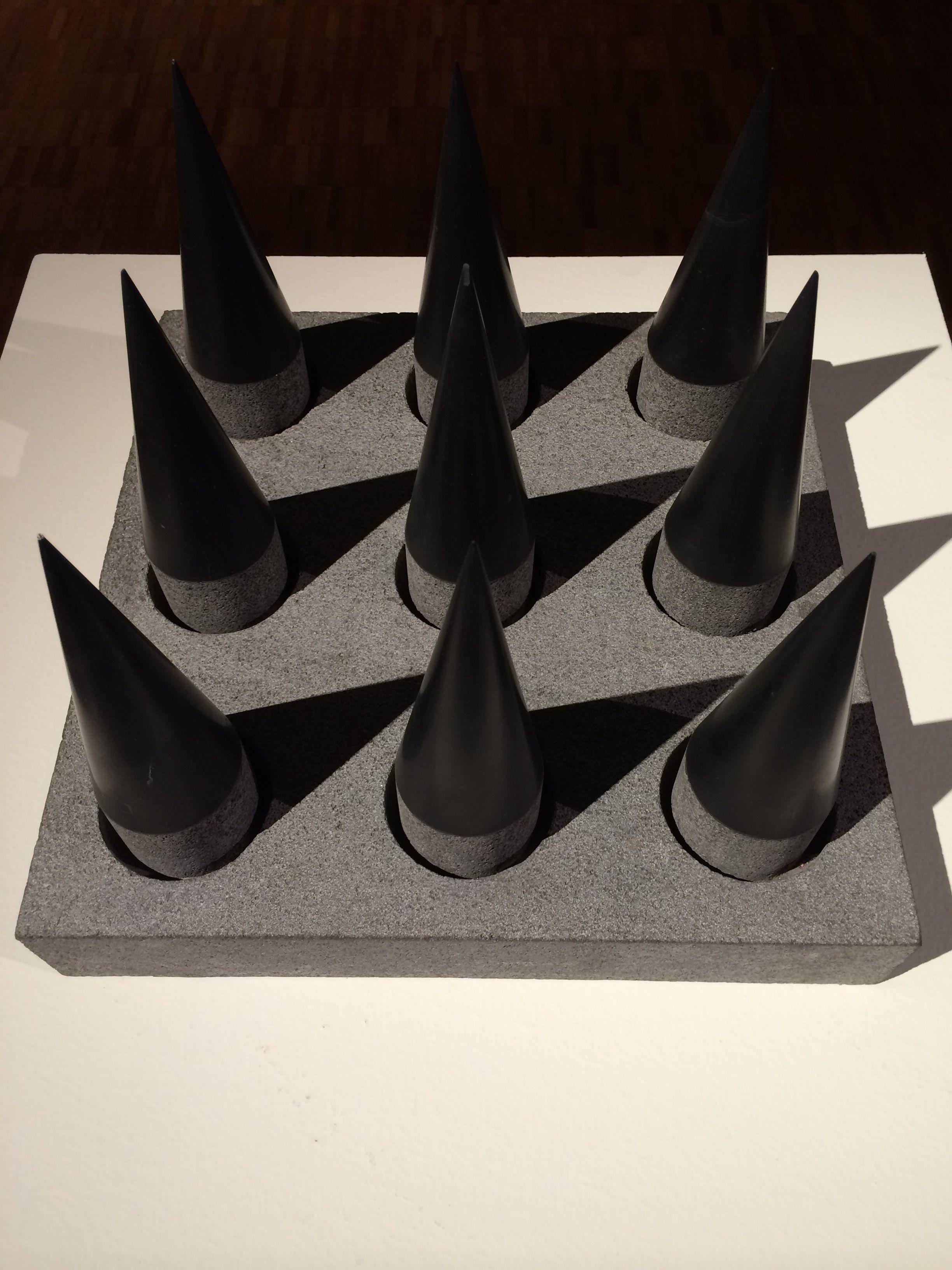 Conos de piedra. #geometry