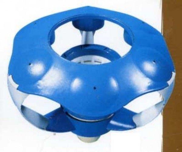 Skimmer flottant zodiac piscines piscine hors sol et espace for Skimmer pour piscine hors sol