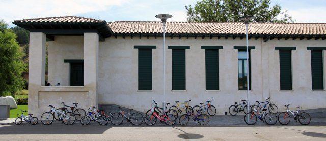 """""""Hola, estás haciendo una peli"""" http://www.fundacioncerezalesantoninoycinia.org/en/node/365 #bikes"""