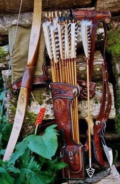 Large Side Quiver And Hunting Arrows Hunting Archery