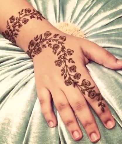 10 Stunning Rose Mehndi Designs For All Occasions Wedding