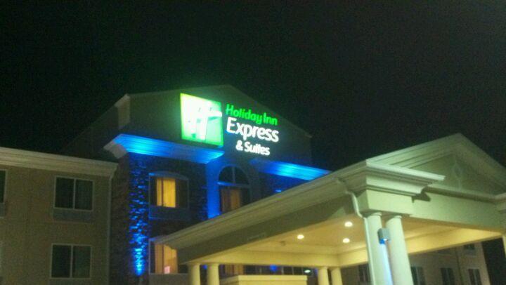 Holiday Inn Express Hotel Suites In Gretna Ne