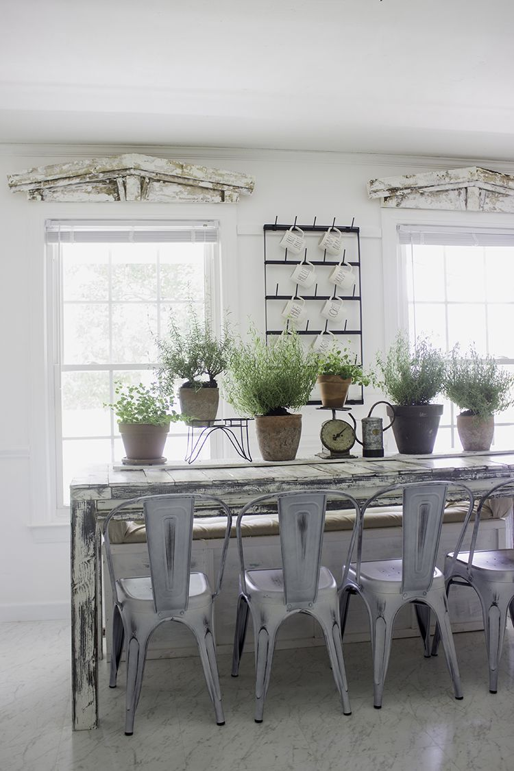 Küchendesign joanna gewinnt farmhouse summer indoor greenhouse inspired garden dinning room