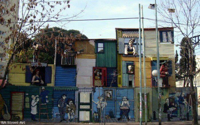 Omar Gasparini, en el barrio de La Boca, Buenos Aires, Argentina