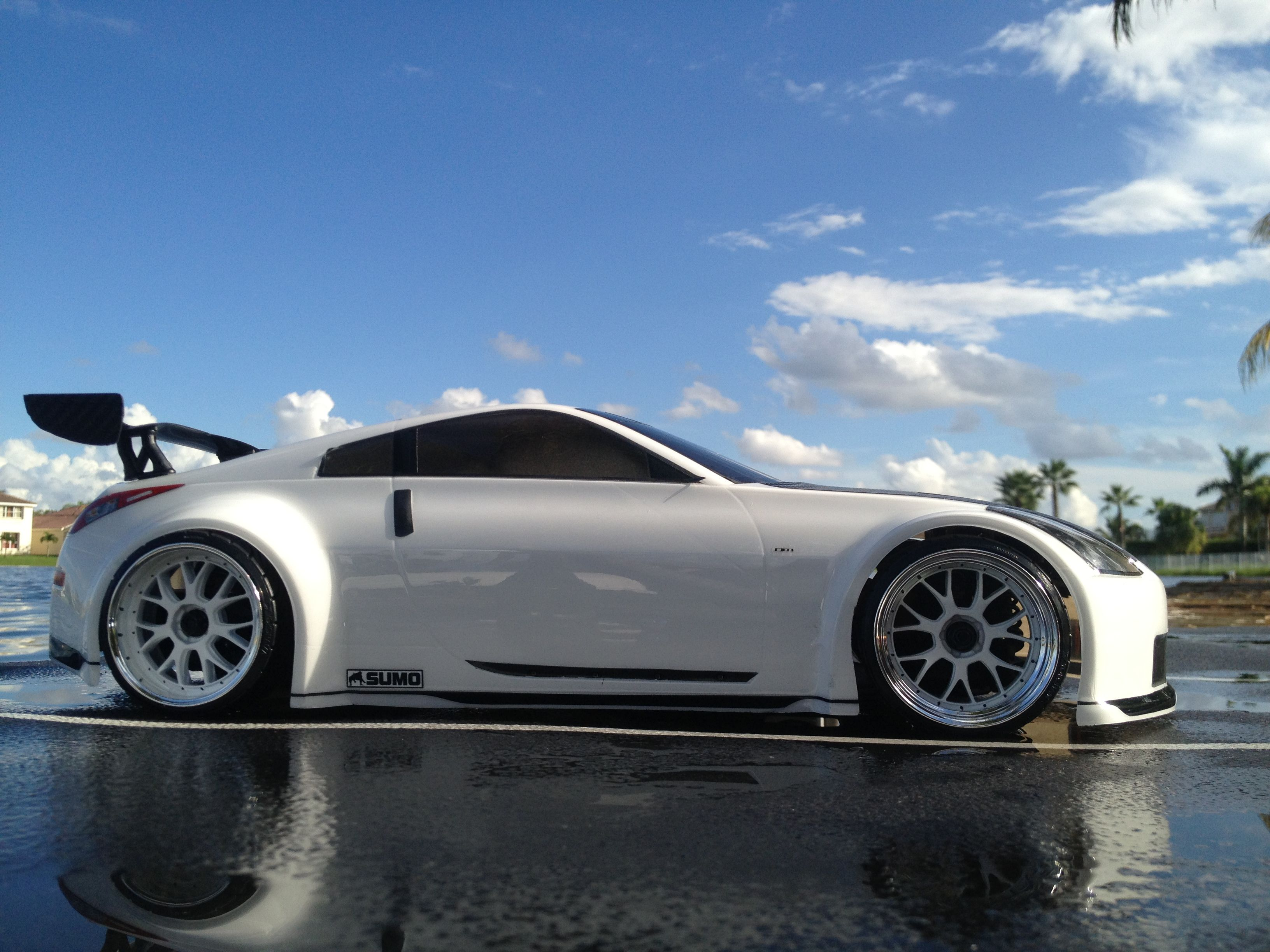 nissan 350z white custom. hpi 200mm nissan 350z 350z white custom o
