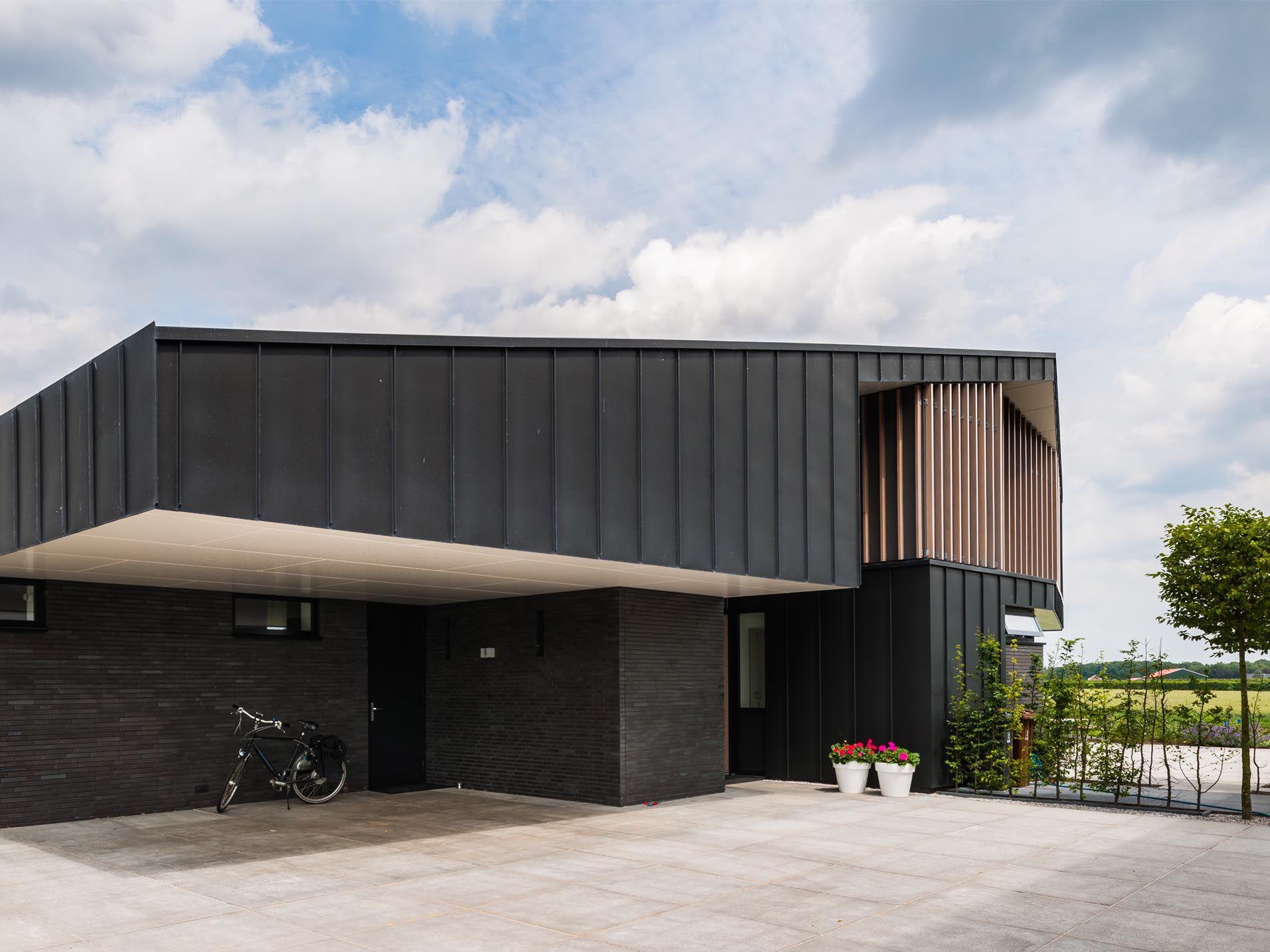 Maas Architecten Woonhuis Odijk Zink Modern Villa Landelijk Hout Schuur
