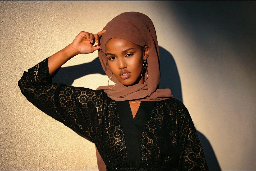 #somali #lamodels #refugee #gold #handmadejewelry