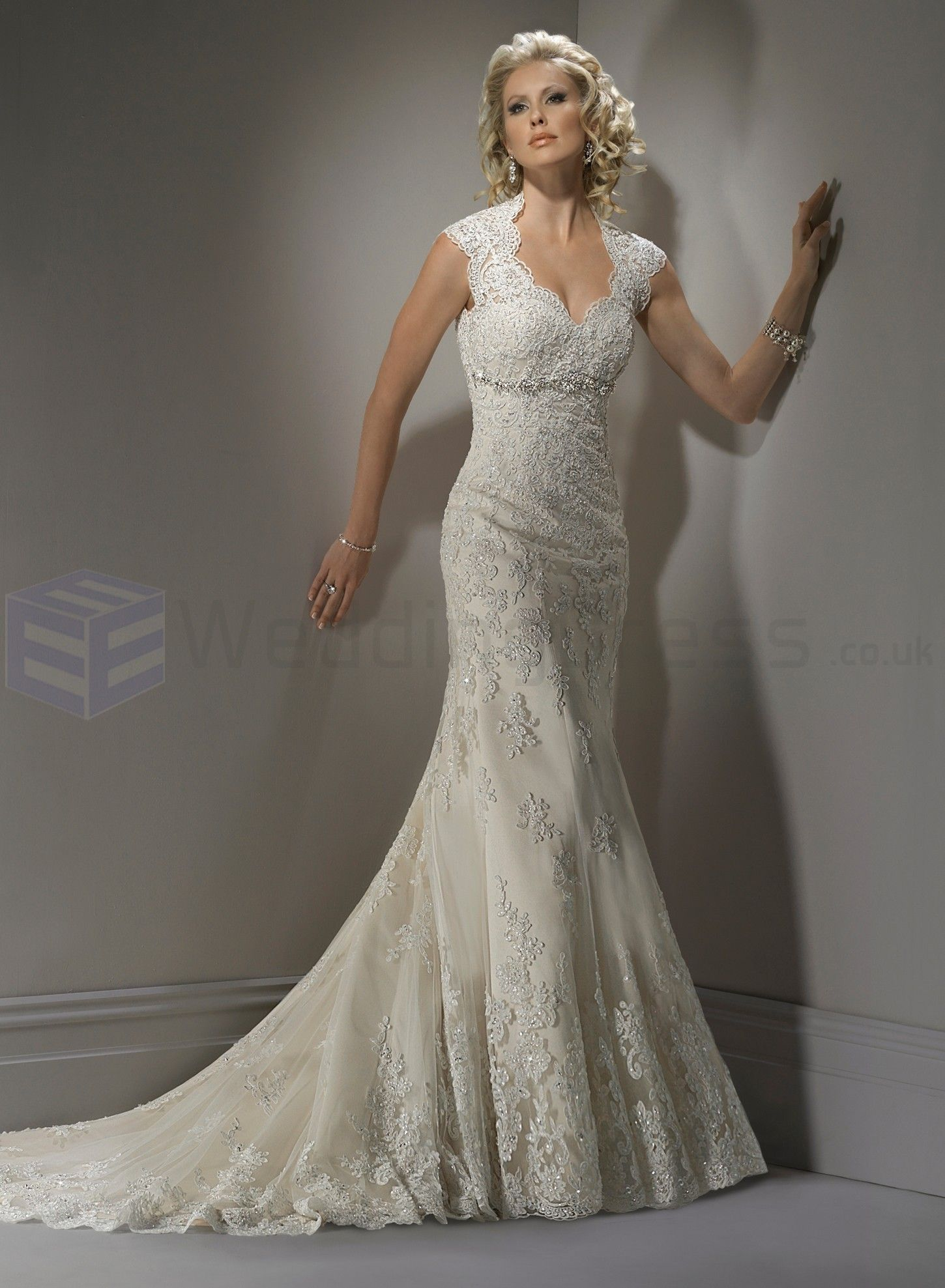 Lace Sweetheart Neckline A Line Wedding Dress
